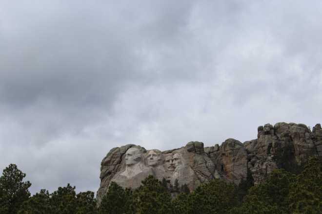 Mount Rushmore - 4