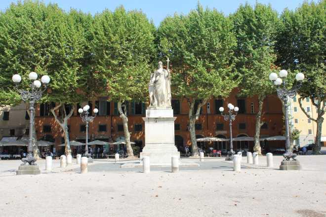 Lucca - 10