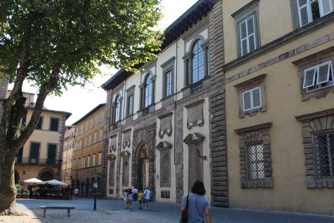 Lucca - 11