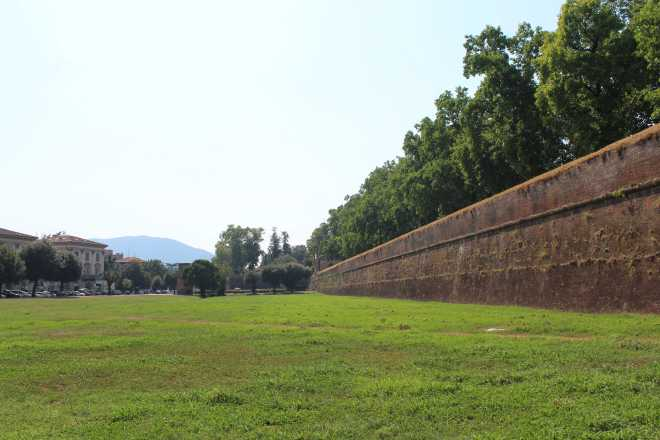Lucca - 1
