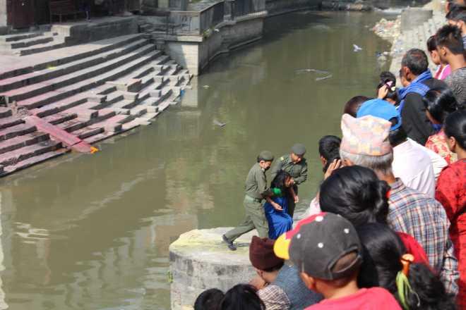 Kathmandu 1, Pashupatinath - 7