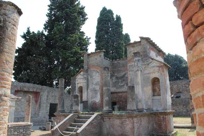 Pompeii - 18