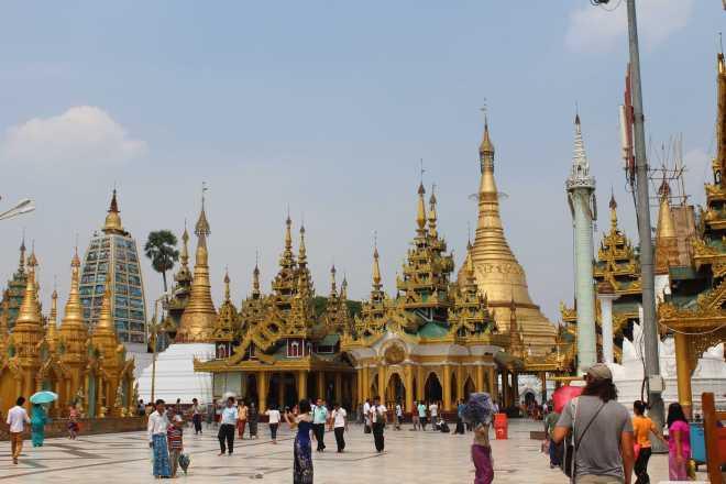 Yangon, Shwedagon Pagoda - 11