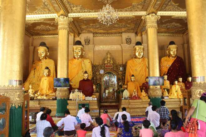 Yangon, Shwedagon Pagoda - 12