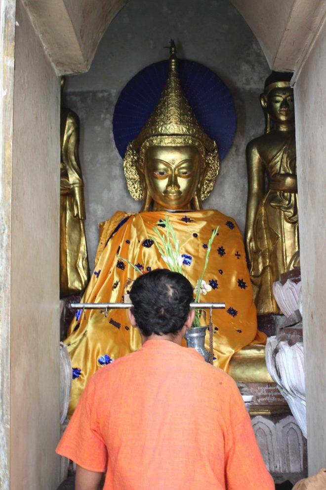 Yangon, Shwedagon Pagoda - 13