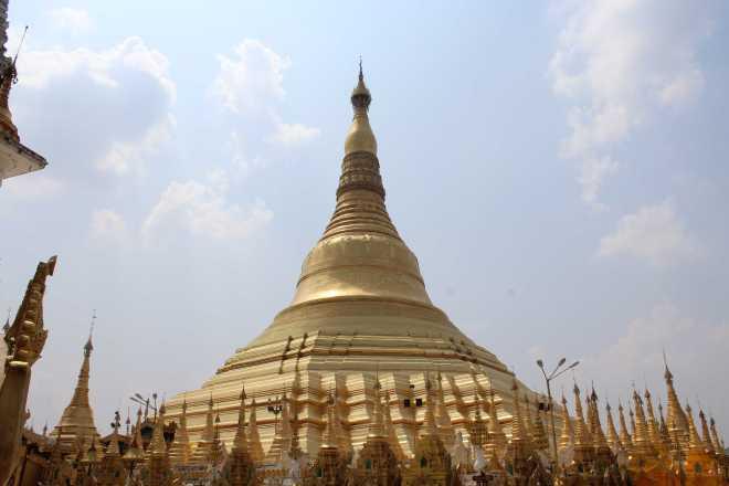Yangon, Shwedagon Pagoda - 17