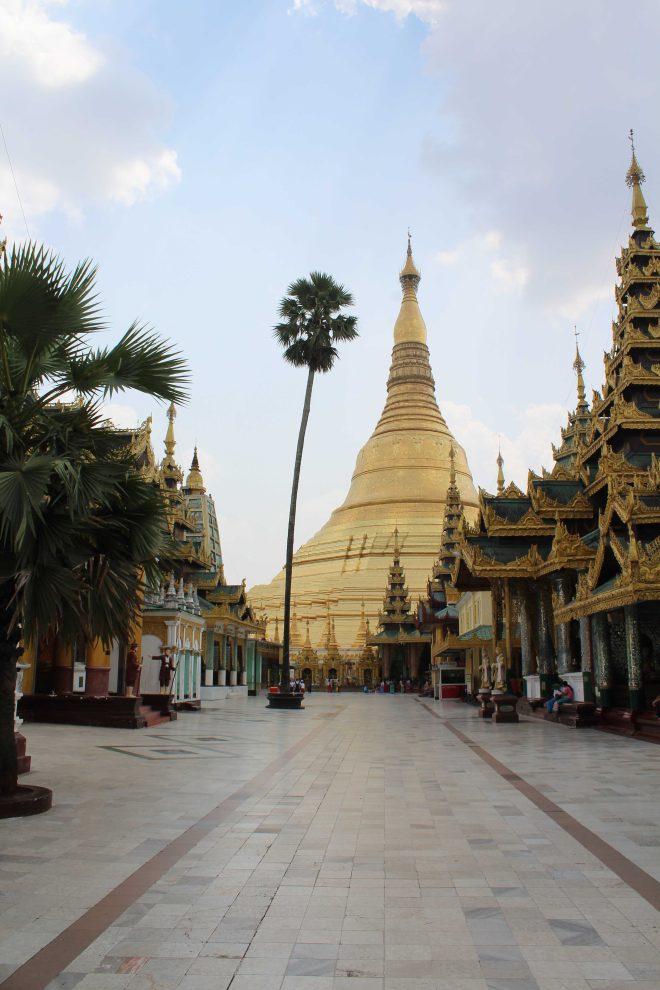 Yangon, Shwedagon Pagoda - 18