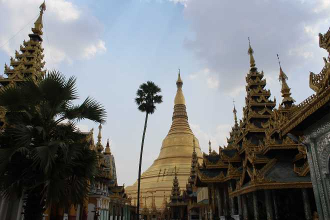 Yangon, Shwedagon Pagoda - 19
