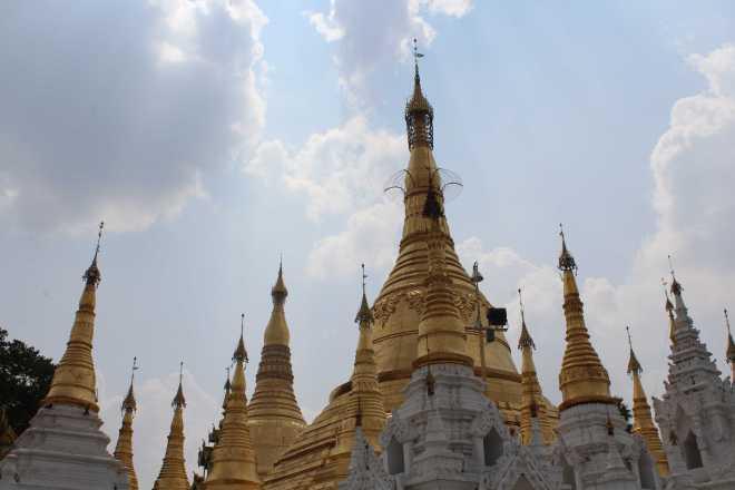 Yangon, Shwedagon Pagoda - 23