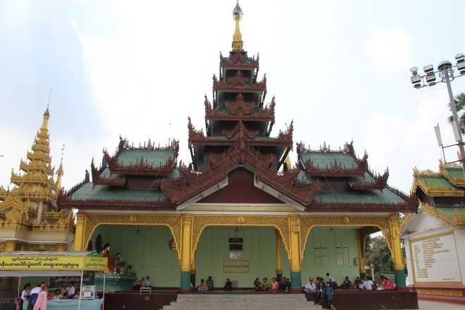 Yangon, Shwedagon Pagoda - 25