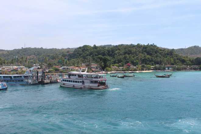 Andaman Sea, Ko Phi Phi - 12