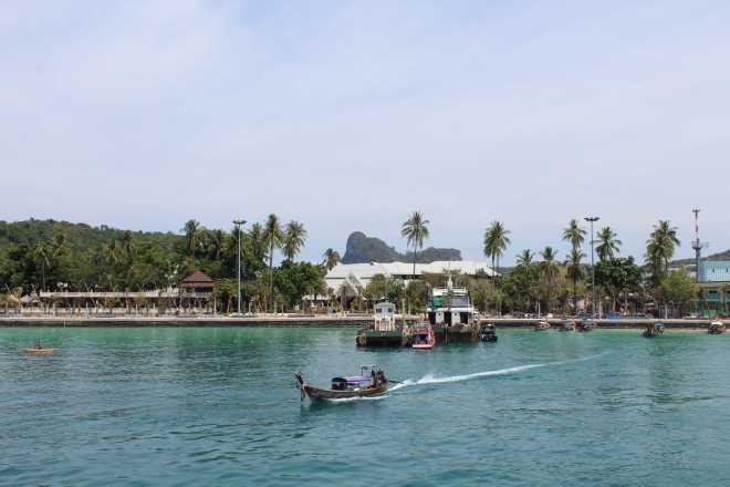Andaman Sea, Ko Phi Phi - 14